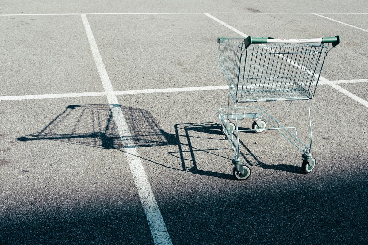 A frictionless checkout makes it easier for customers to complete their purchase and avoids abandoned carts.