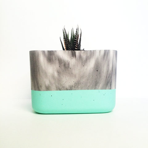 Marbled Concrete-Planter