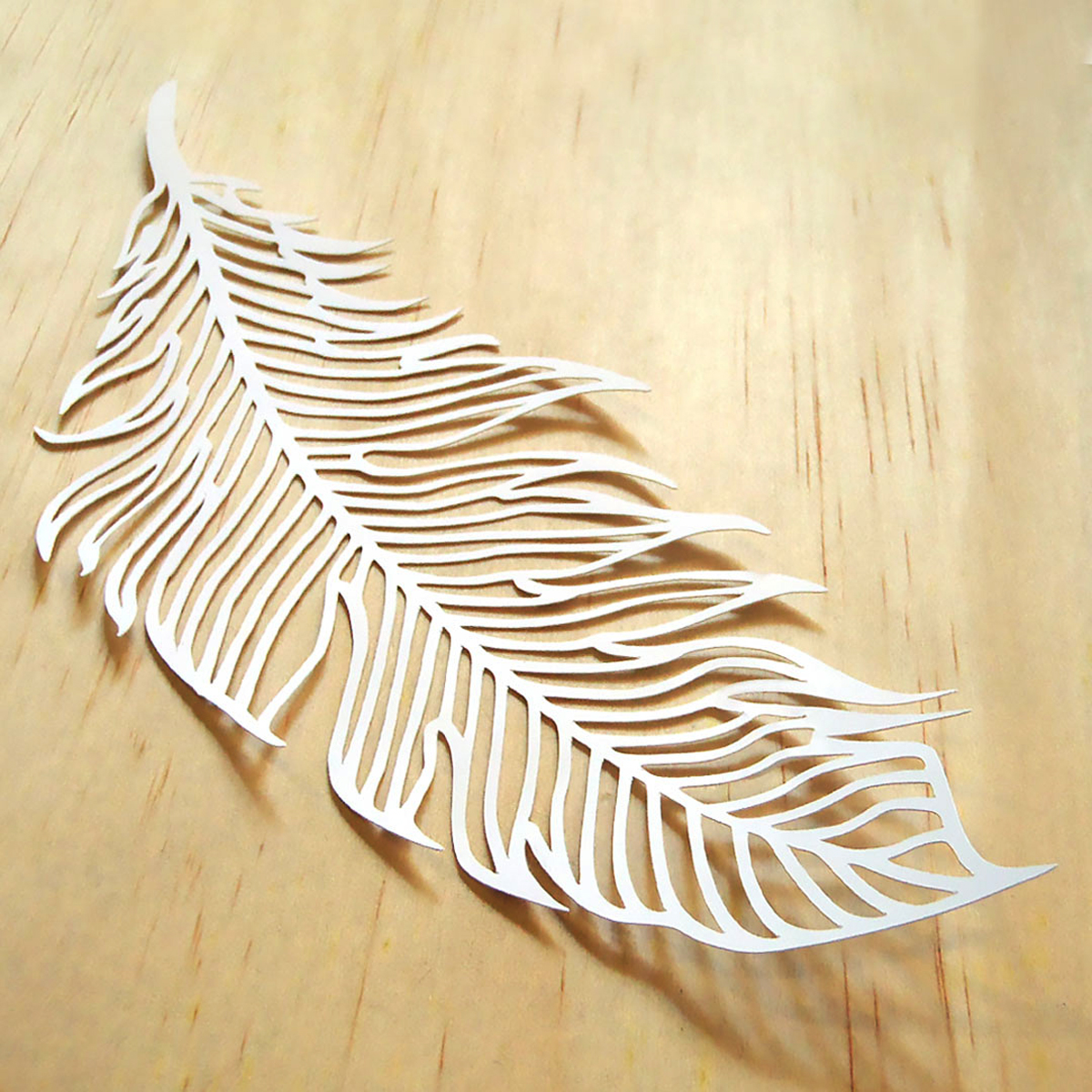 Handmadely Feather paper product