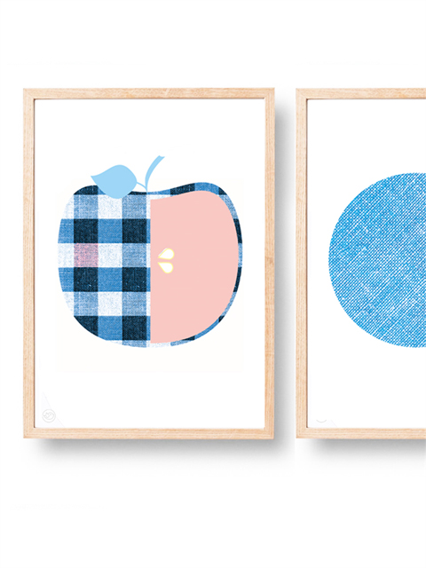 Apple print in blue
