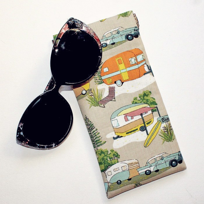 Sunglasses and Neddynibbles sunglasses pouch in a vintage caravan print