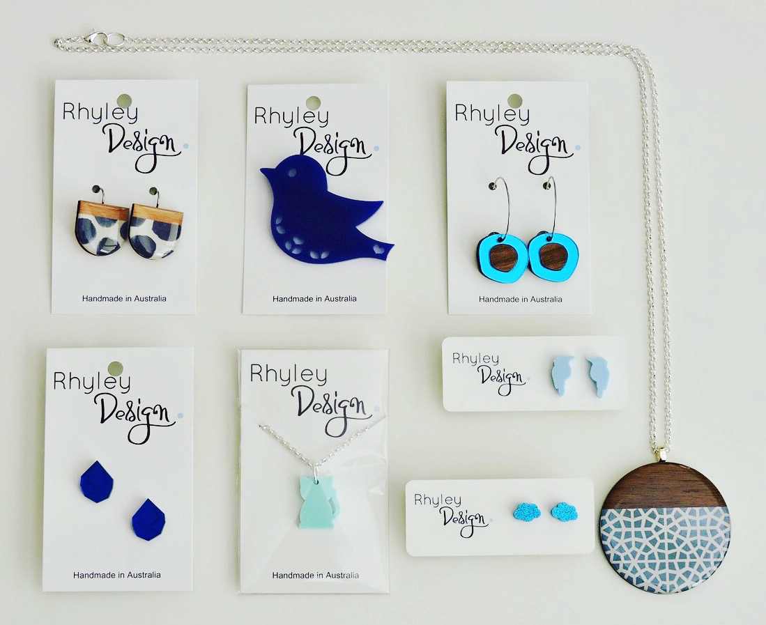 Assorted Rhyley Design resin and wood jewellery in shades of blue