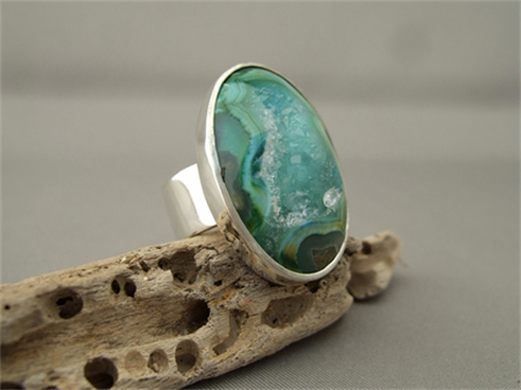 Minty Green Drusy Agate Oval Cocktail Statement Ring